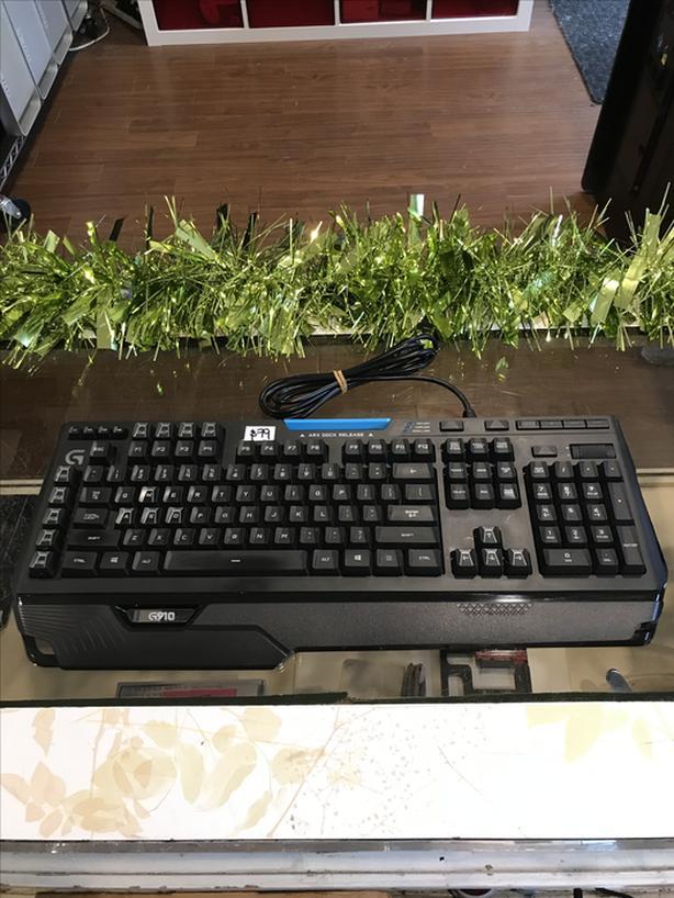 Logitech G910 Orion Spark Mechanical Gaming USB Keyboard w/ Warranty!