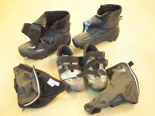"""Garneau Cold/Rain """"clipless"""" cycling boots."""