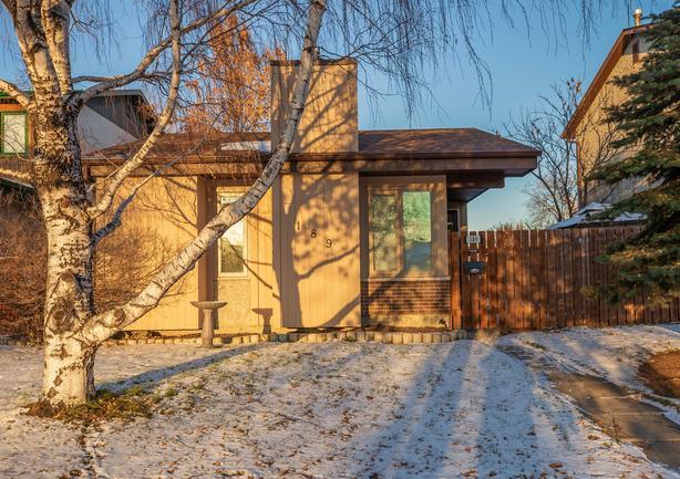 2 bedroom Home in Meadows West
