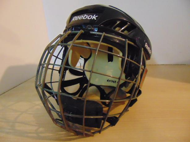 Hockey Helmet Child Size Small 4-6 Reebok With Cage Expires Oct 2021