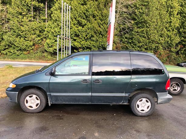 FOR SALE 2000 Dodge Caravan, 3L, V6