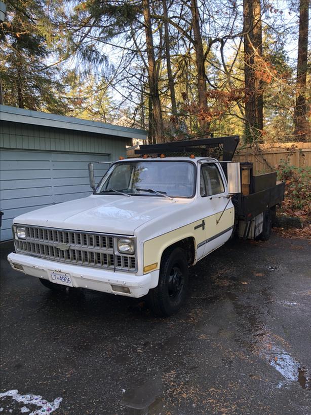 81 Chev 1Ton Dump Truck