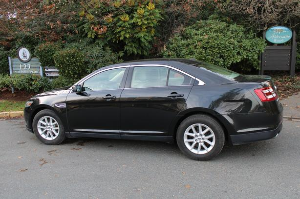 2013 Ford Taurus  For Sale