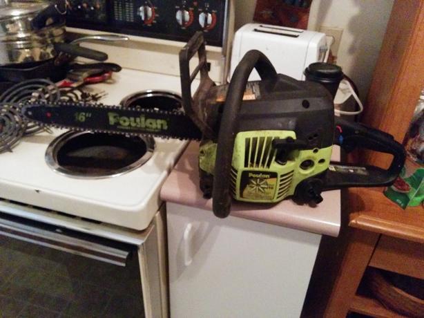 """poulan 16"""" chainsaw."""