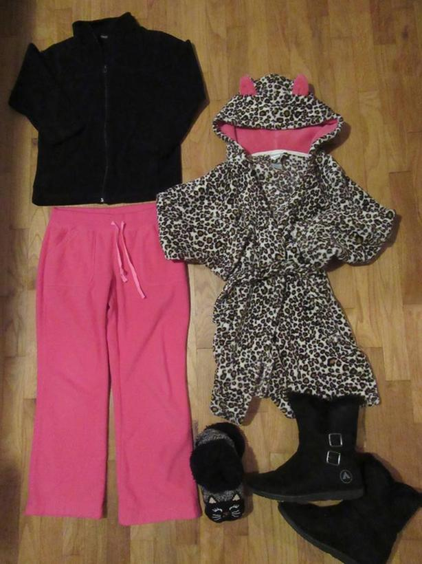 Girl's Mixed Clothing Lot Size 10/12