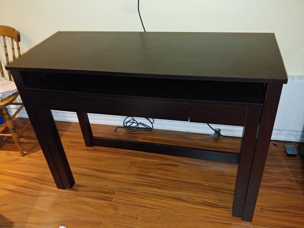 Slide out / pull out desk