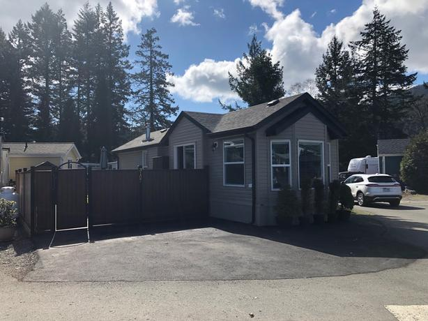 Fantastic Home by Westwood Lake