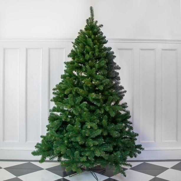 WANTED: Free 4'-5' Lightweight Christmas Tree