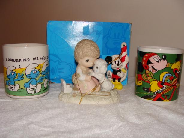Mickey Mouse, smurfs and other items