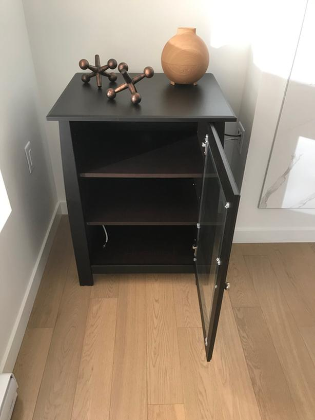 Never-used media centre or display case