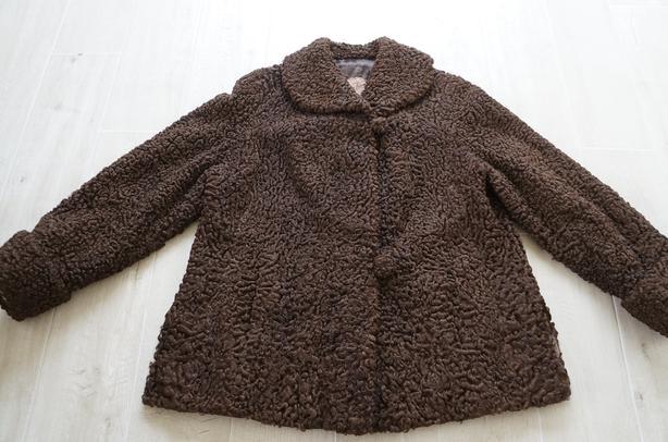 Karakul Jacket ladies size medium large excellent condition