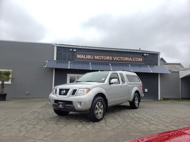 ** 2012 NISSAN Frontier PRO-4X - ONLY 118KMS. - AUTO