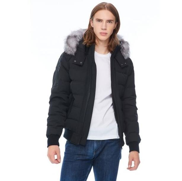 Selling Moose Knuckles Bomber (New with Tags) - $915