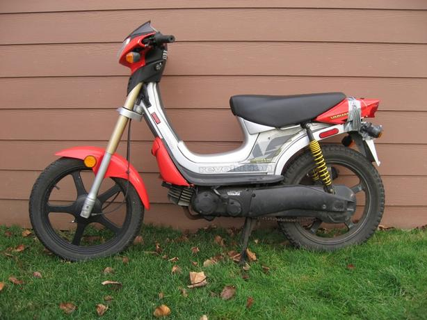 WANTED: Derbi Variant or Evolution Moped