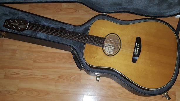 1980s Vantage Made in Japan acoustic w/case