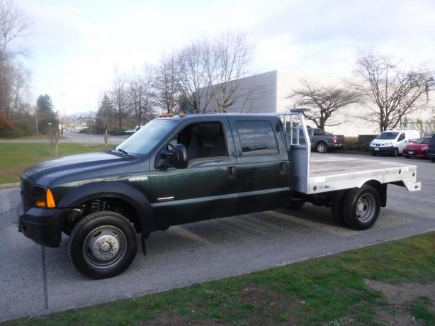 2006 Ford F-550 Crew Cab 4WD Dually Flat Deck 10 foot Diesel