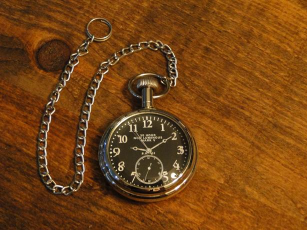 The History of the Pilot Pocket Watch : Mark V 1914