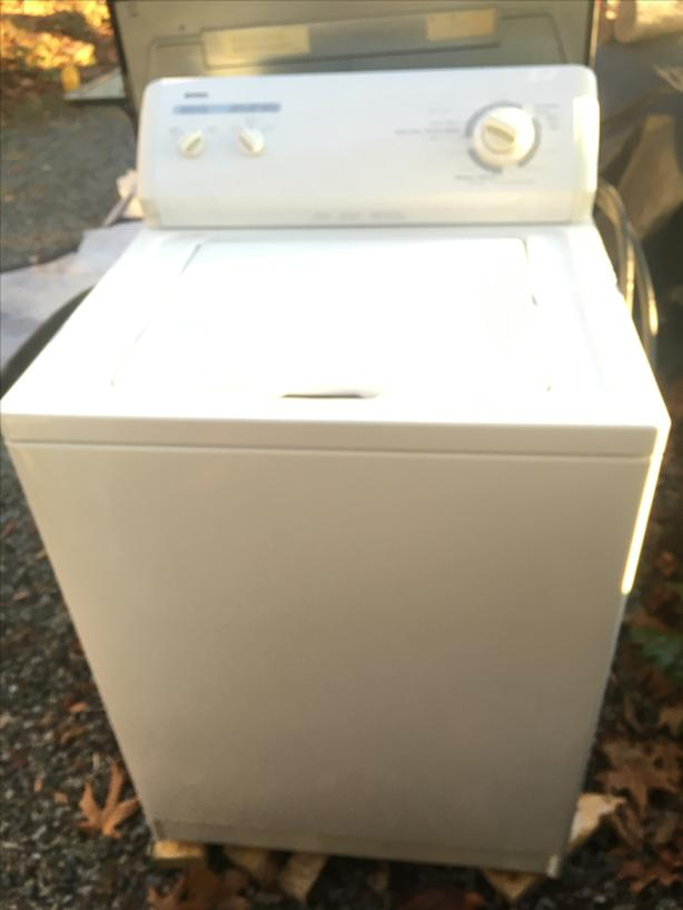 Working Washer - Free delivery in Port Alberni