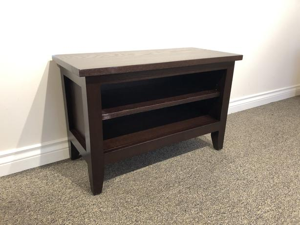 Oak Low Profile Small Shaker TV / Entertainment Stand 60% OFF