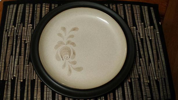 Denby stoneware Chop Plate / Platter Bakewell pattern