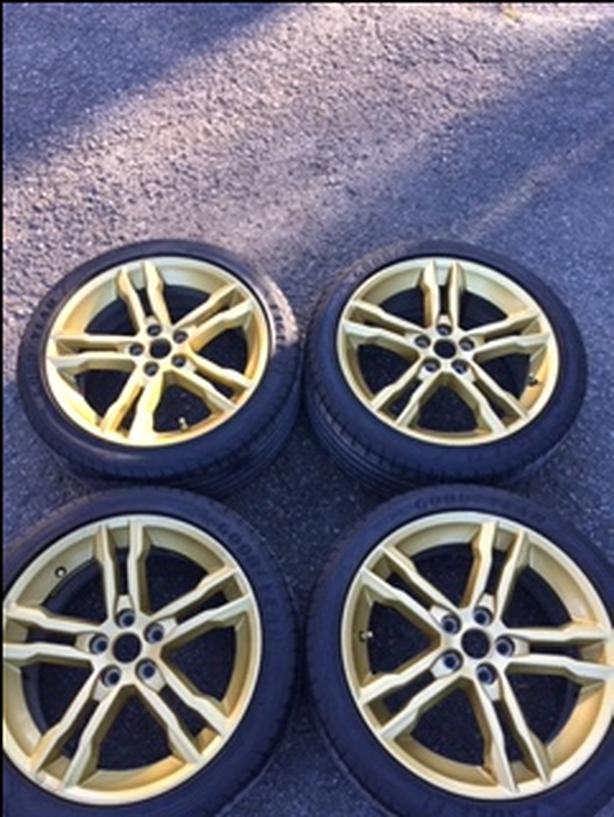 Focus ST Gold premium 18 inch wheels