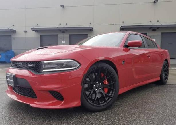 2015 Dodge Charger SRT Hellcat, 707HP V-8, BEAST CAR