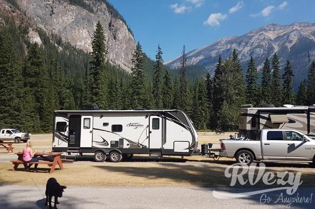 Imagine 2500RL (Rent  RVs, Motorhomes, Trailers & Camper vans)