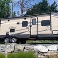 Cougar 28RBKWE (Rent  RVs, Motorhomes, Trailers & Camper vans)