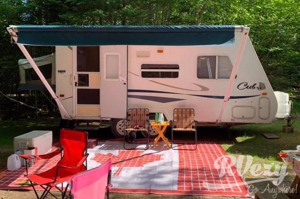 Cub (Rent  RVs, Motorhomes, Trailers & Camper vans)