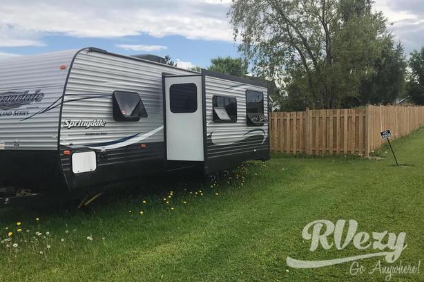 Springdale (Rent  RVs, Motorhomes, Trailers & Camper vans)