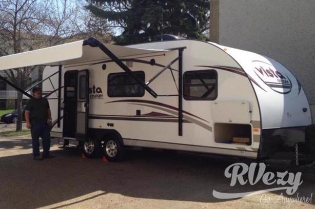 Vista Cruiser (Rent  RVs, Motorhomes, Trailers & Camper vans)