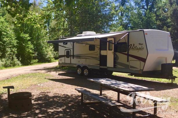 309BHSS (Rent  RVs, Motorhomes, Trailers & Camper vans)