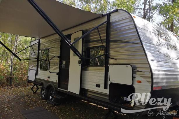 23RB (Rent  RVs, Motorhomes, Trailers & Camper vans)