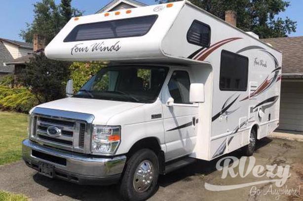 E450 (Rent  RVs, Motorhomes, Trailers & Camper vans)