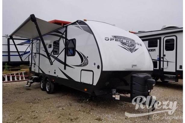 2102RB  (Rent  RVs, Motorhomes, Trailers & Camper vans)