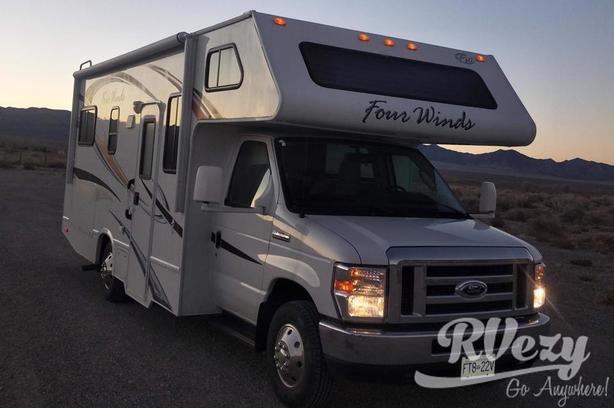 ford e350 (Rent  RVs, Motorhomes, Trailers & Camper vans)