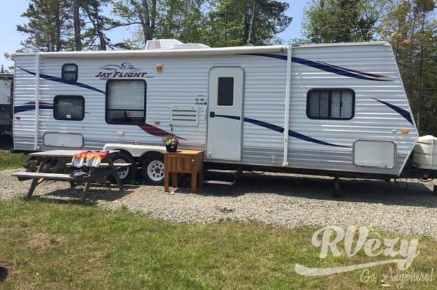 Jayco  (Rent  RVs, Motorhomes, Trailers & Camper vans)