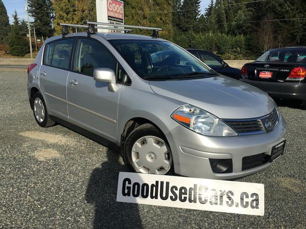 2009 Nissan Versa Hatch - Automatic with Only 75,000 KM!