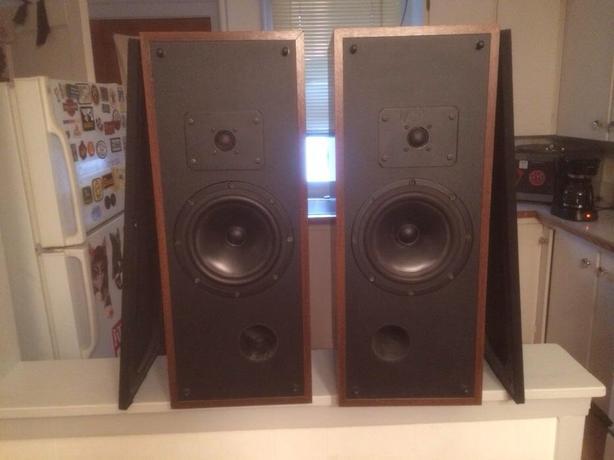 Vintage rega speakers