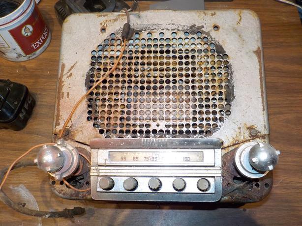 Old GM radio