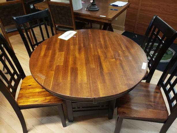 dara Dining Set - clearance priced