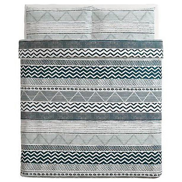 IKEA PROVINSROS Full/Queen Duvet Cover with Pillowcases