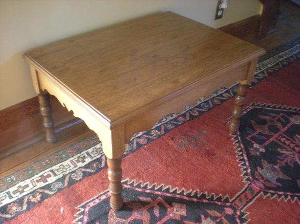 SOLD: Coffee Table (Mid century modern)