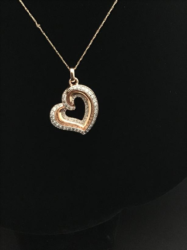 Rose gold and diamond heart pendant **40%off**