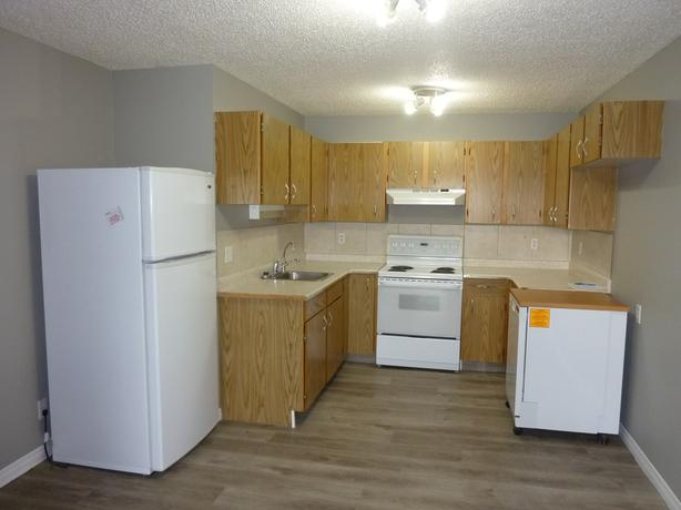 UPPER LEVEL 2 BED CONDO