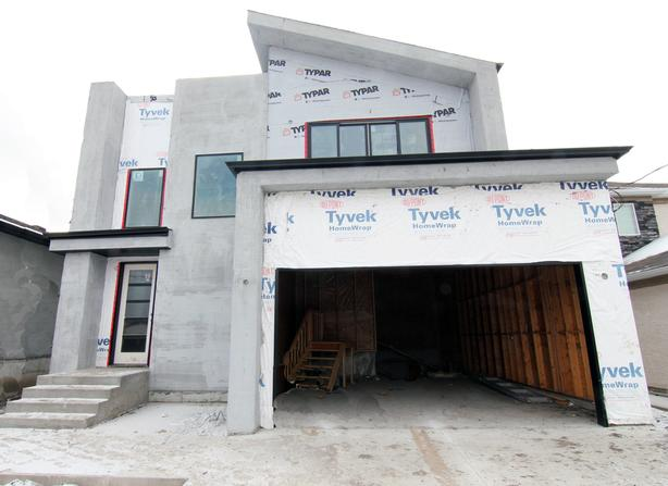 Beautiful Two Storey for Sale in Royalwood