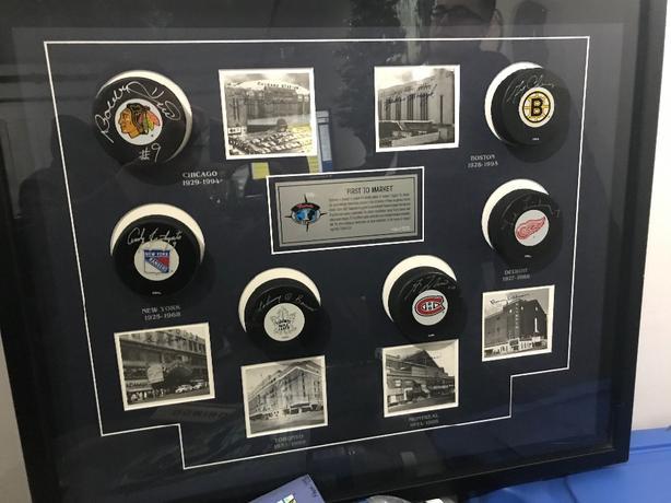 Original Six Signed Hockey pucks
