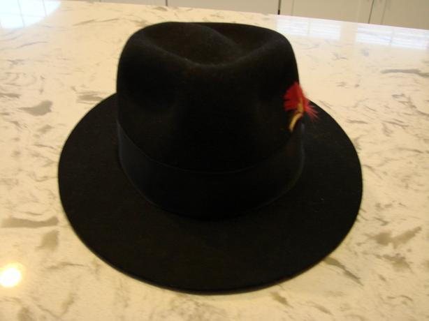 Indianna Jones authentic fedora hat.