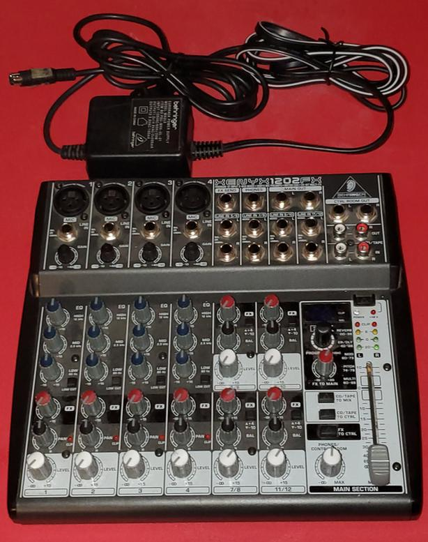Behringer Xenyx 1202 FX audio mixer