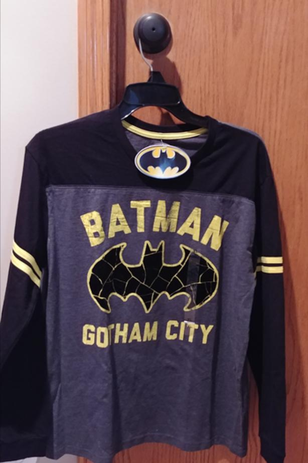 Batman Long Sleeved Shirt (Kids.  Brand New)